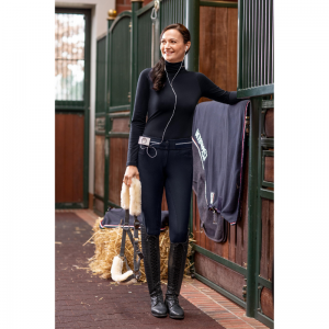 Pikeur Girl wearing Calanja Grip breeches